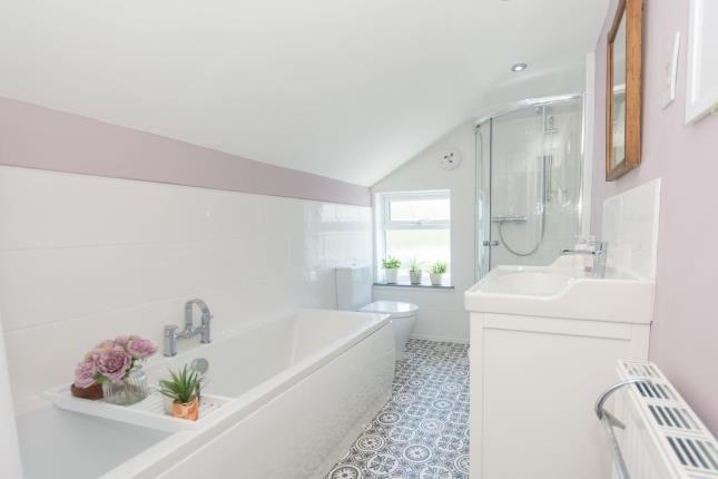 Bathroom of Sycamore Terrace, Vicarage Road, Kings Heath, Birmingham B14