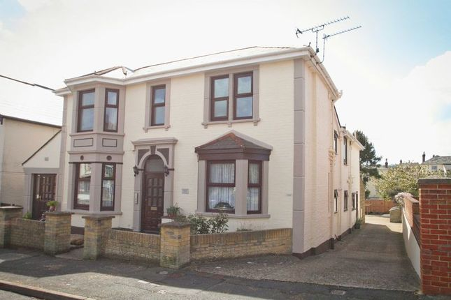 Thumbnail 1 bed flat to rent in Avenue Road, Shanklin