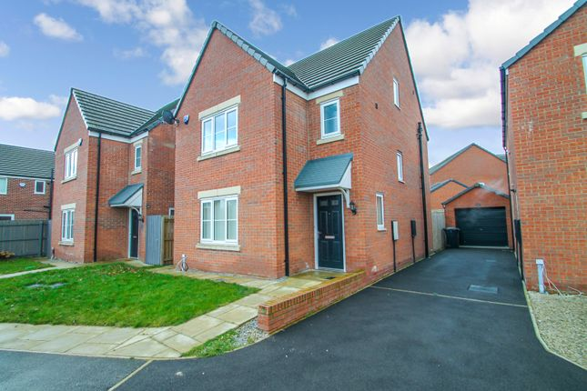 Thumbnail Detached house to rent in Aspen View, Whinmoor, Leeds
