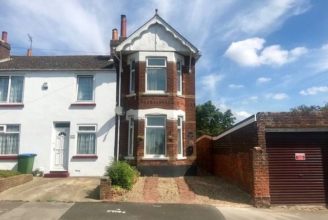 Thumbnail Semi-detached house for sale in Elgin Road, Southampton, Hampshire