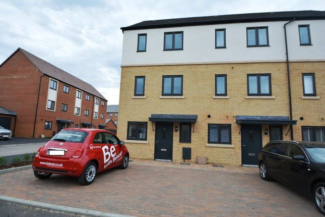 Thumbnail Property to rent in Goldcrest Way, Hampton Vale, Peterborough