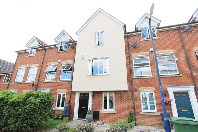 Thumbnail Town house for sale in Lacock Gardens, Maidstone, Kent