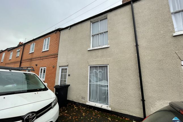 2 bed terraced house to rent in College Street, Salisbury SP1