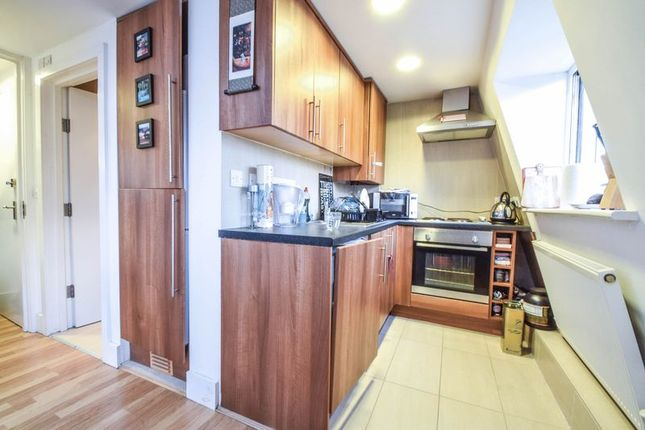 1 bed flat to rent in Edith Road, London