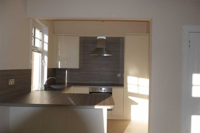 Thumbnail Flat for sale in King Street, Stanley, Perthshire