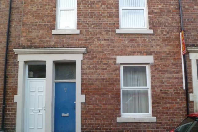 Thumbnail Flat to rent in Laet Street, North Shields
