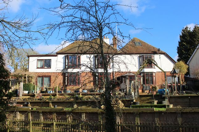 Thumbnail Detached house for sale in Newbury Road, Lambourn
