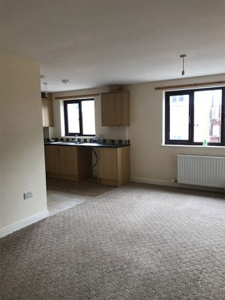 Thumbnail Flat to rent in Victoria Place, Lockerbie