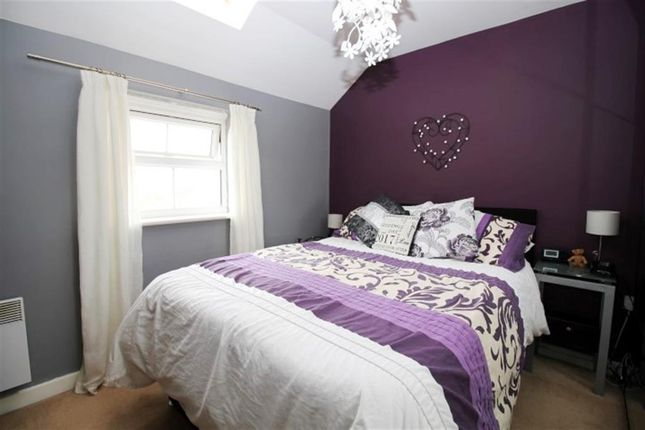 Bedroom Two of Broadlands Place, Pudsey LS28