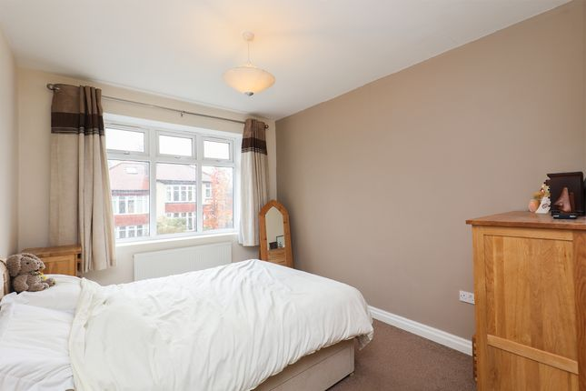 Bedroom 1 of Lydgate Hall Crescent, Sheffield S10