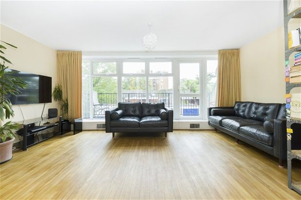 Thumbnail Terraced house for sale in Giles Coppice, London