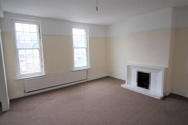 Thumbnail Flat to rent in Potters Bar Station Yard, Darkes Lane, Potters Bar