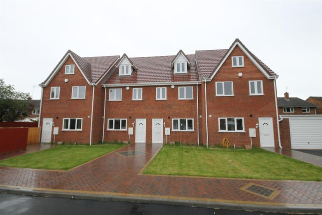 Thumbnail Semi-detached house to rent in Wood Lane, Willenhall