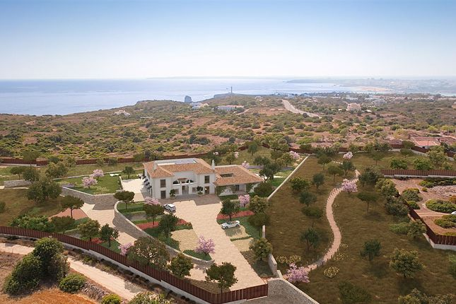 Thumbnail Villa for sale in Carvoeiro, Carvoeiro, Algarve