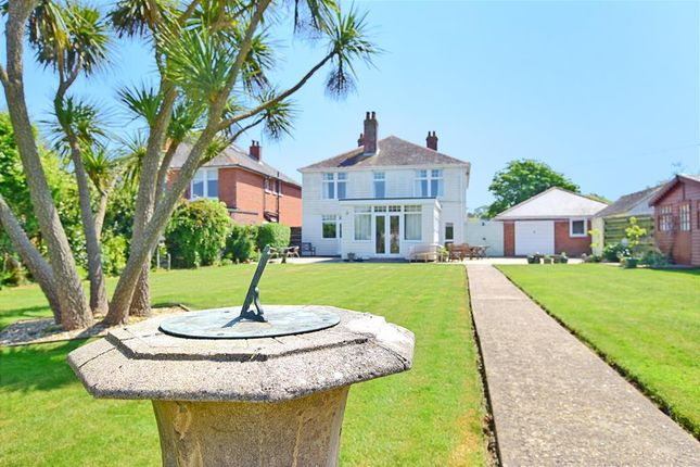 Thumbnail Detached house for sale in Colwell Common Road, Totland Bay, Isle Of Wight