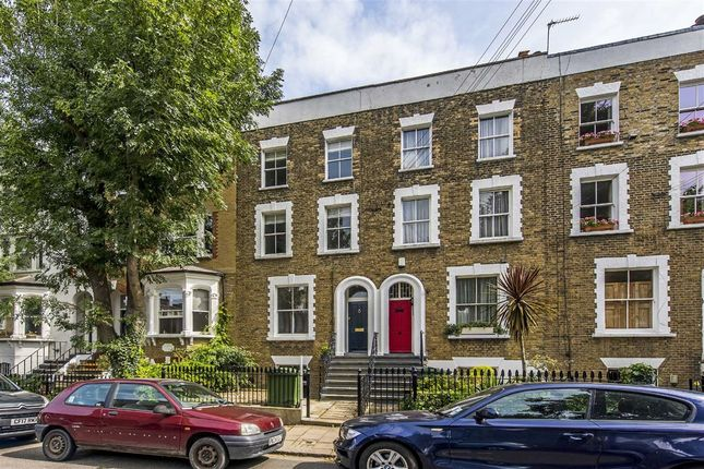 Thumbnail Flat for sale in St. Martin's Road, London
