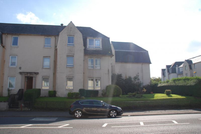 Thumbnail Flat to rent in Cornhaddock Street, Greenock PA15,