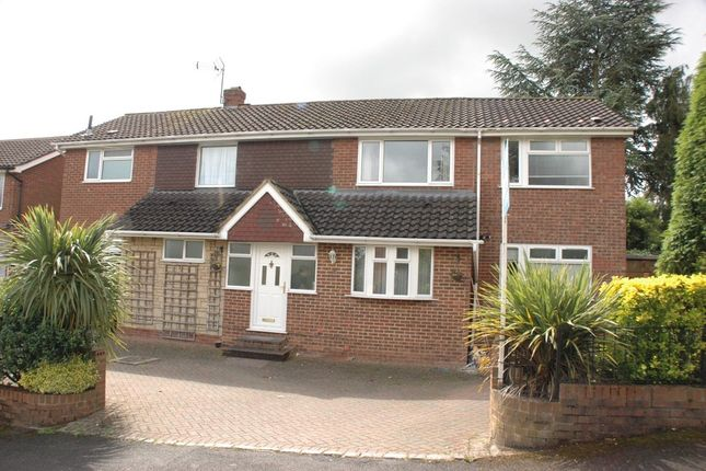 Thumbnail Detached house to rent in Aston Way, Epsom