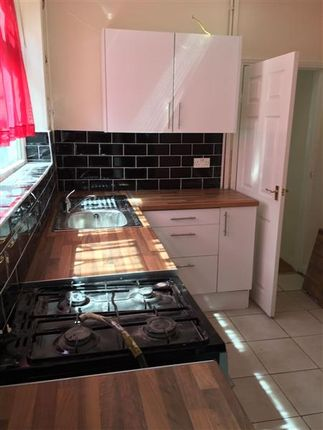 Kitchen Tiles Oldbury homes to let in ferndale road, oldbury b68 - rent property in