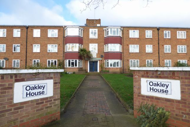 Thumbnail Property to rent in Oakley Avenue, Ealing