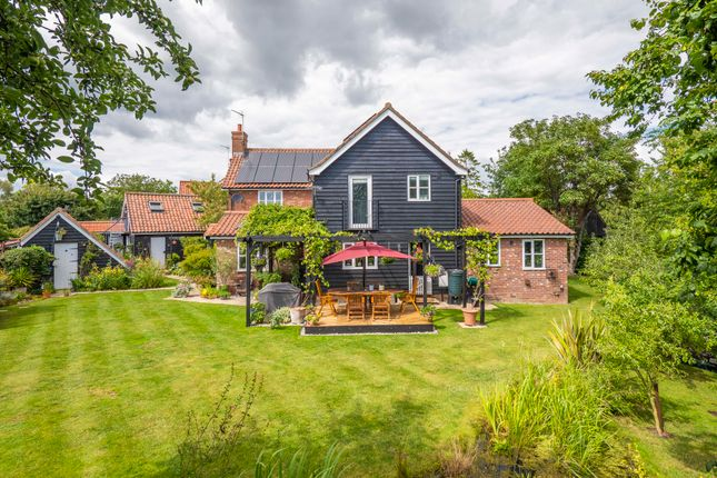 Thumbnail Detached house for sale in Westhorpe, Stowmarket, Suffolk