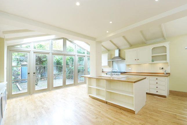 Thumbnail Terraced house to rent in Hurlingham Business Park, Sulivan Road, London