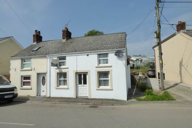 Thumbnail Property to rent in High Street, Bancyfelin, Carmarthenshire
