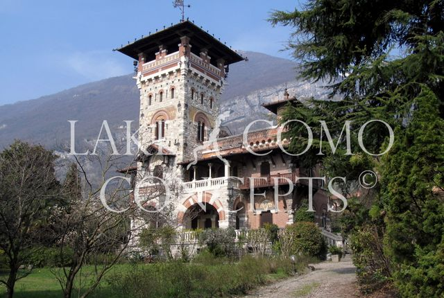 Thumbnail Detached house for sale in Castello Mezzegra, Menaggio, Como, Lombardy, Italy
