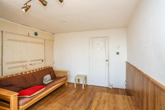 Living Room of Bishopsfield Road, Fareham, Hampshire PO14