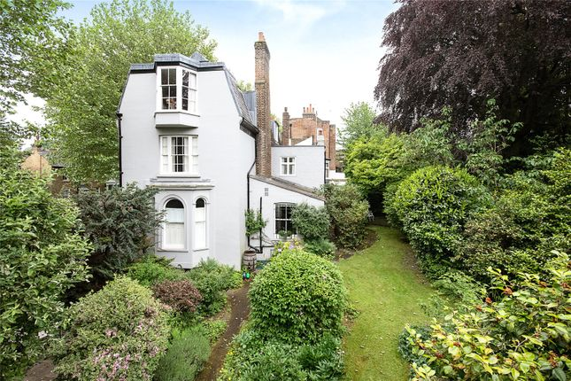 Thumbnail End terrace house for sale in North Hill, Highgate, London