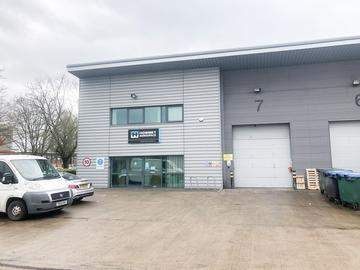 Thumbnail Commercial property to let in Watchmead, Welwyn Garden City