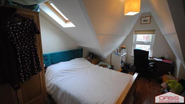 Photo 7 of Flat 7, Hyde Park, 79 Brudenell Grove, Hyde Park LS6