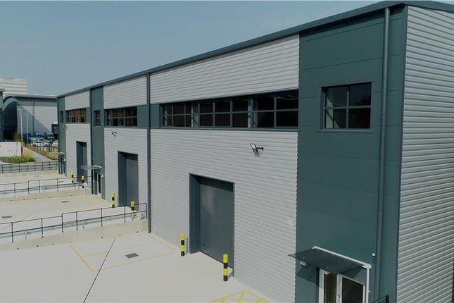 Thumbnail Industrial to let in Unit 3, Ellesfield Trade Centre, Ellesfield Avenue, Bracknell, Berkshire