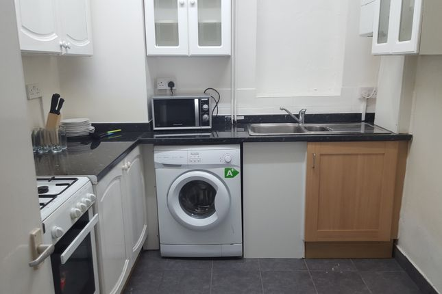 Room to rent in Sawley Road, Shepherds Bush