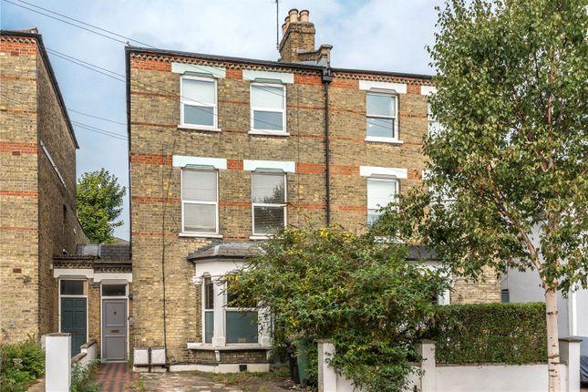 Thumbnail Flat for sale in Lambton Road, Stroud Green, London