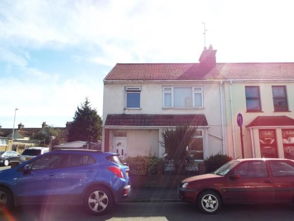 3 bed end terrace house for sale in Arthur Street, Grays