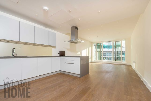 Thumbnail Flat for sale in Cascade Court, Vista, Chelsea Bridge Wharf, London