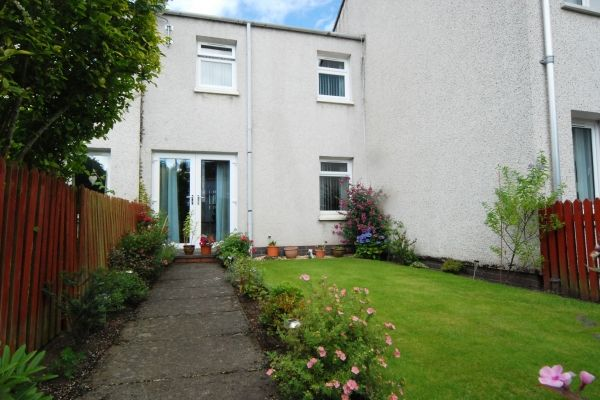 Thumbnail Terraced house to rent in Glenshee Drive, Rattray, Blairgowrie