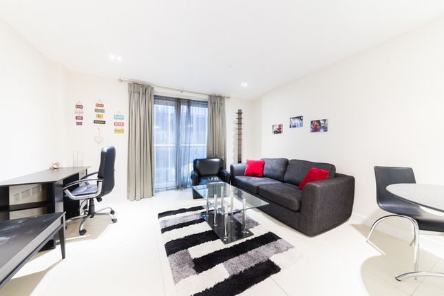Thumbnail Flat to rent in Bezier Apartments, 91 City Road, London, London