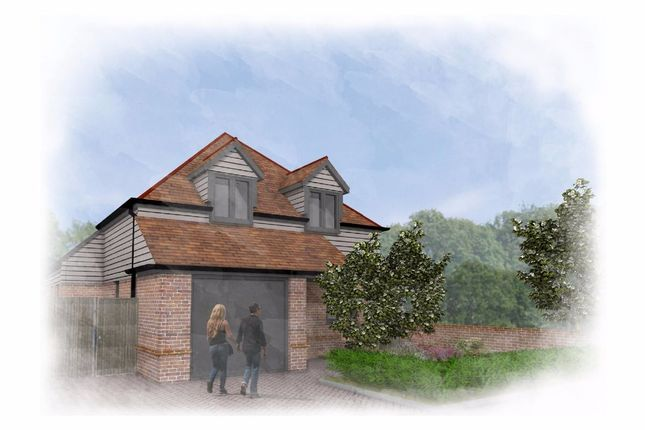 Thumbnail Detached house for sale in Drake Avenue, Minster On Sea, Sheerness