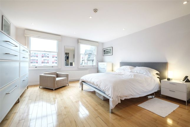 Thumbnail Terraced house for sale in Baltic Street East, London