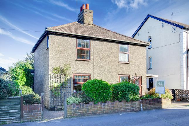 Thumbnail Semi-detached house for sale in New Road, Burnham-On-Crouch