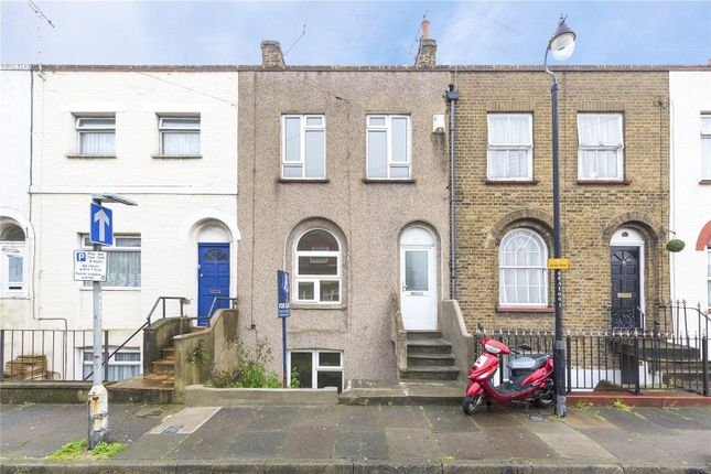 Thumbnail Terraced house to rent in Edwin Street, Gravesend, Kent