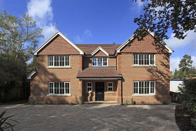 Thumbnail Detached house to rent in Seal Hollow Road, Sevenoaks