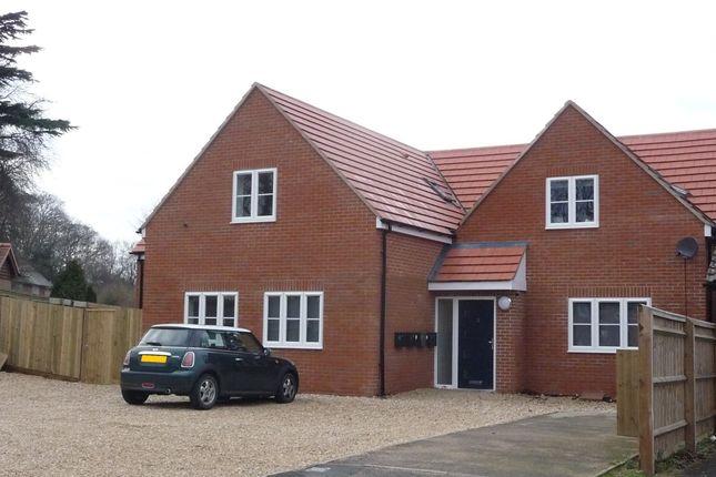 3 bed flat to rent in Bursill Close, Headington, Oxford OX3