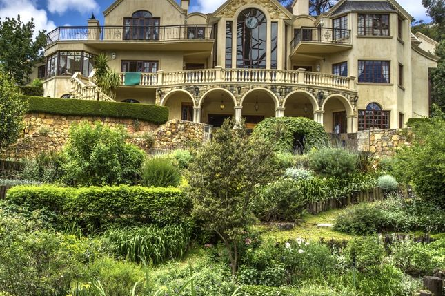 1,500m2 Palatial Property - One Of The Finest In The Constantia Valley