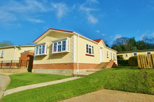 Thumbnail Mobile/park home for sale in Drayton Hall Park, Drayton, Norwich