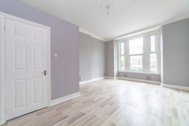 Room to rent in Langdon Road, Bromley South BR2