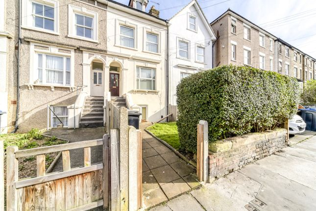 Thumbnail Flat to rent in Clyde Road, Croydon