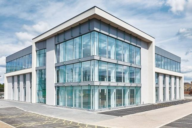 Office to let in Vanwall Road, Maidenhead
